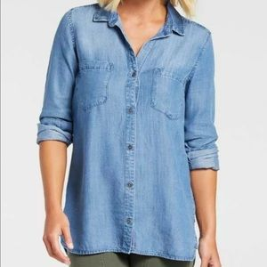 Cloth and Stone Button Front Shirt XS chambray A31